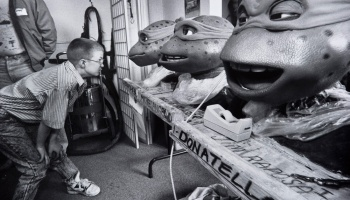 Behind the Scenes: Teenage Mutant Ninja Turtles (1990 and 2014