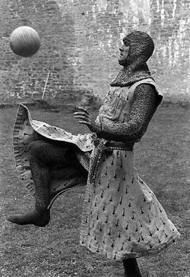 Behind the scenes of Monty Python and the Holy Grail (1975)