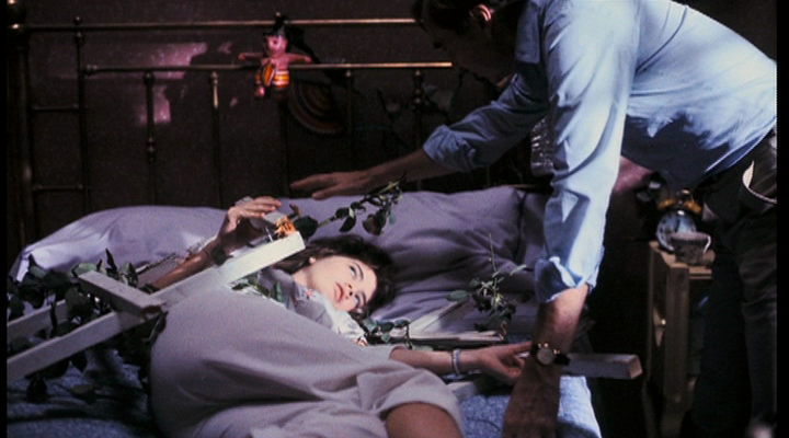 Behind the Scenes of A Nightmare on Elm Street #32