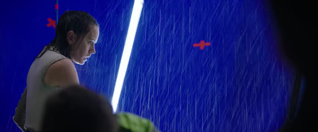 Daisey Ridley behind the scenes of Star Wars The Last Jedi