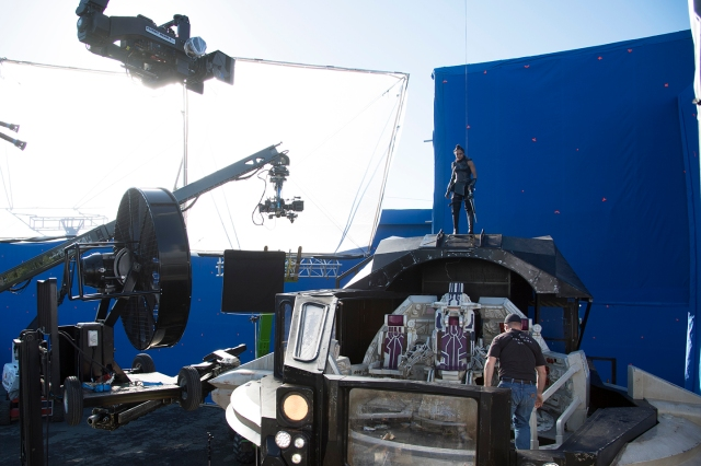 On the set of Thor Ragnarok